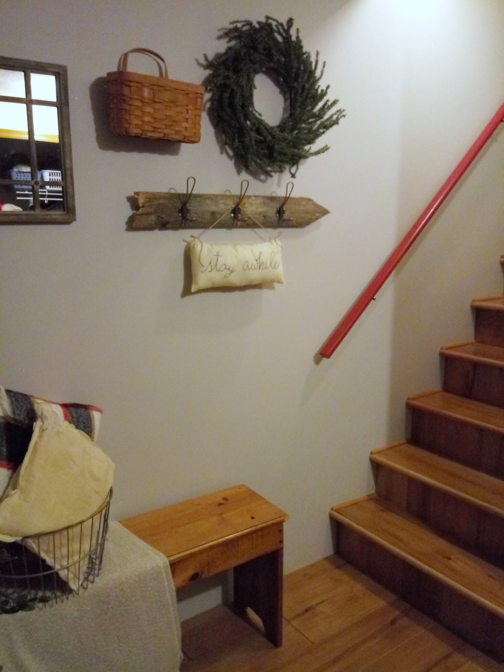 DIY Challenge – Create a Cozy Winter Entrance